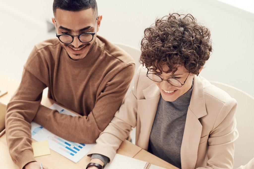 Escuchar es clave para mejorar la Experiencia de Empleado